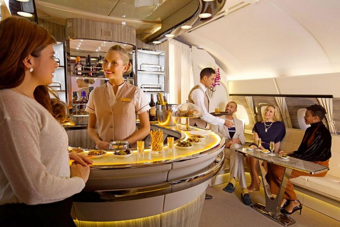 Fancy a cocktail up in the sky? Here are the Top 3 In-Flight airline bars you have to see : Luxurylaunches