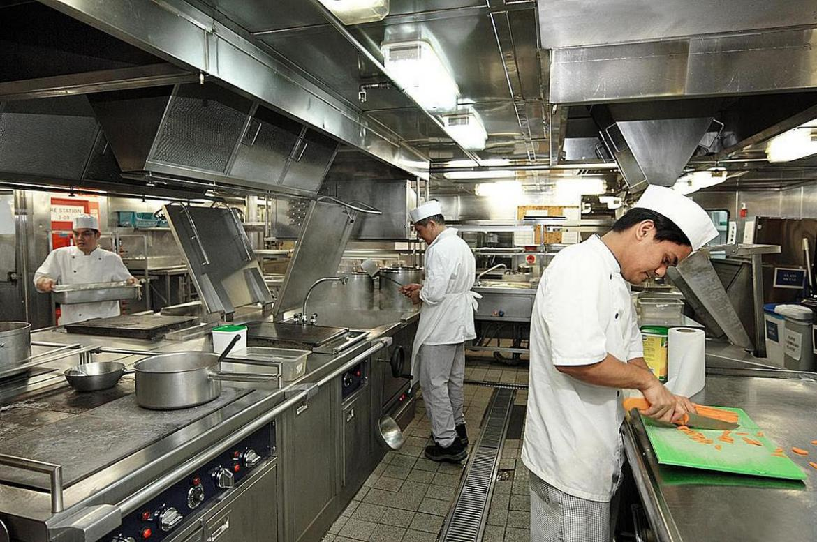 Factors to keep in mind when setting up your own fine dining restaurant -