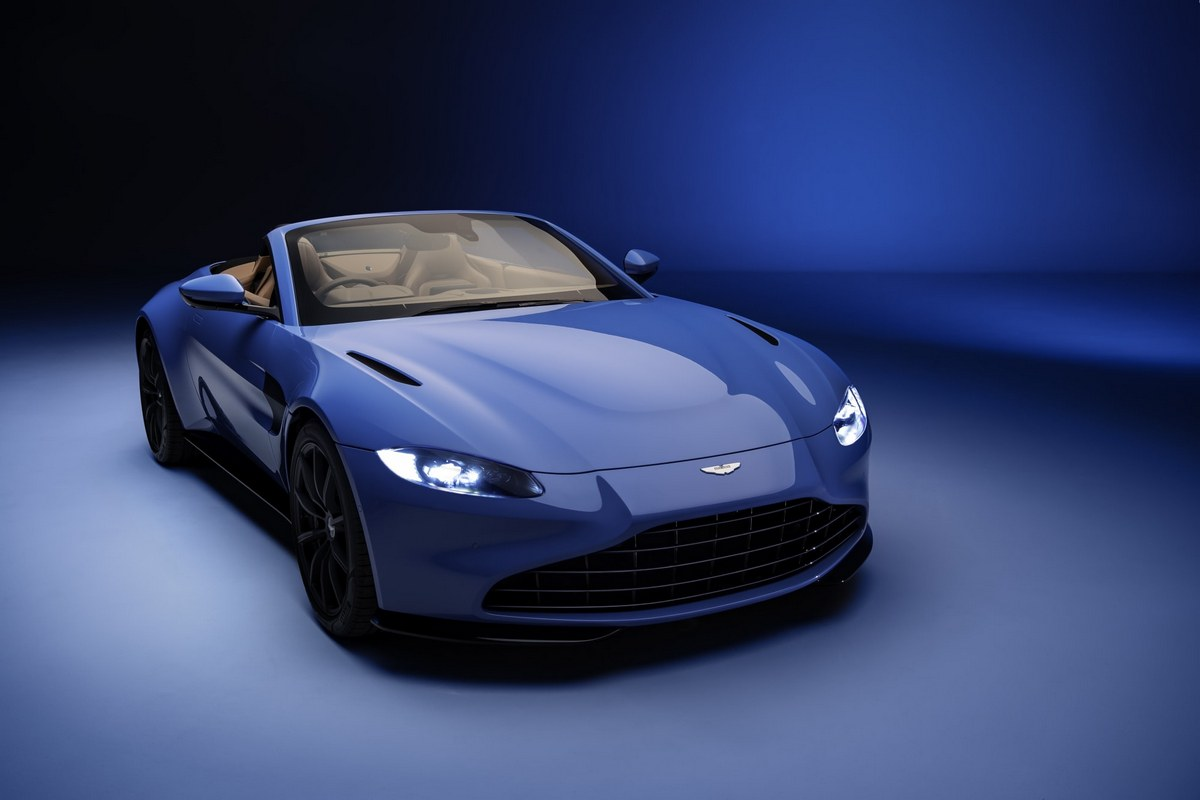 The new Aston Martin Vantage Roadster is here and it has the world's fastest folding roof : Luxurylaunches