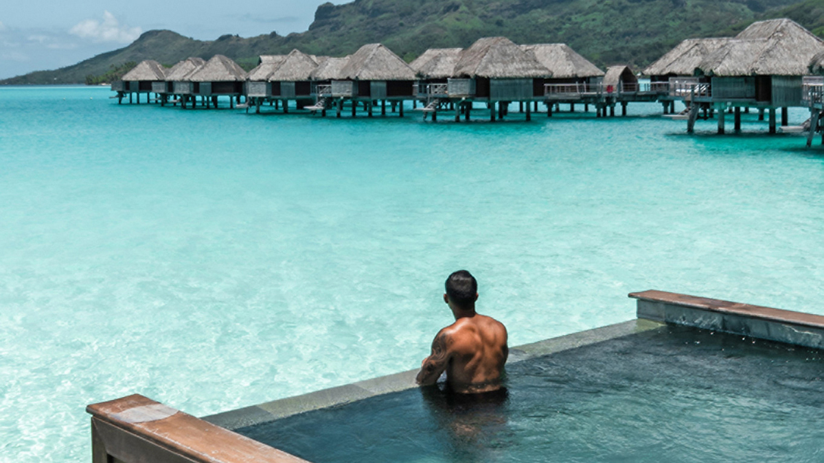 How using the right Hashtags can take the success of your travel blog beyond the horizon : Luxurylaunches