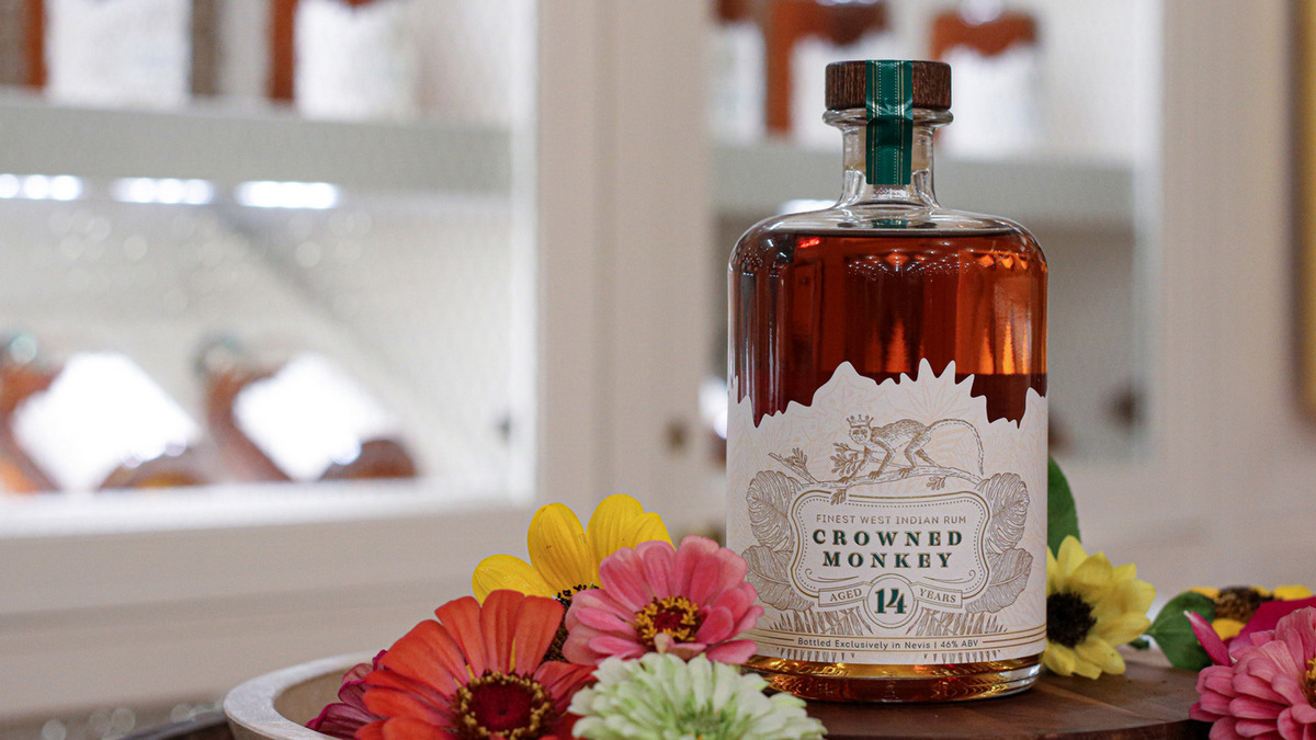 Aged to 14 years - Four Seasons is all set to launch its $29,000 custom rum : Luxurylaunches