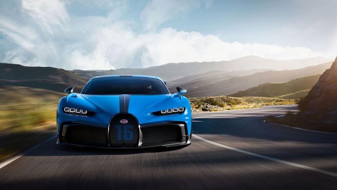 The New 3 3 Million Bugatti Chiron Pur Sport Is A Special Edition Hypercar Tailor Made For Canyon Carving Luxurylaunches