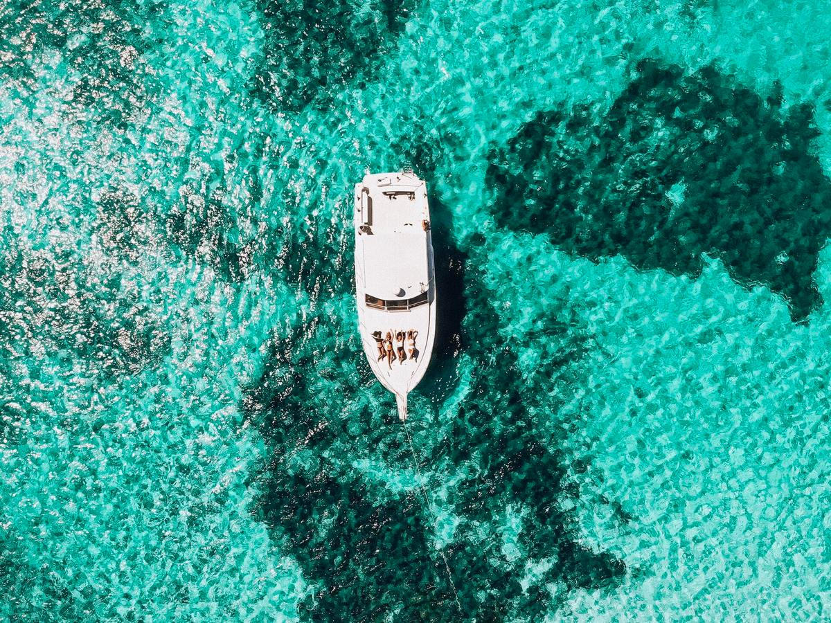 Amit Raizada's Top Three Reasons to Charter a Yacht in Southern California : Luxurylaunches