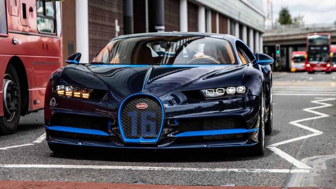 Video Watch A Brand New 3 5 Million Bugatti Chiron Sport Get Delivered In London By A Mercedes Benz G Wagen Luxurylaunches