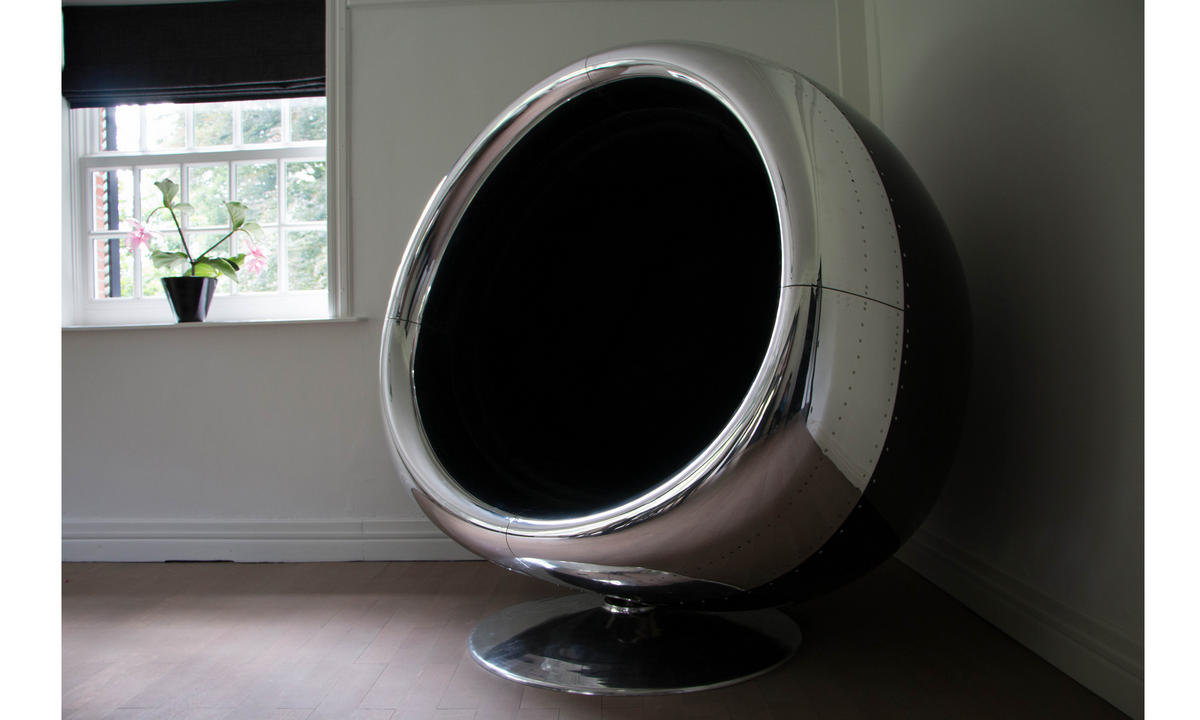 This luxe chair created from the engine of a Boeing 737 will transform your living space : Luxurylaunches