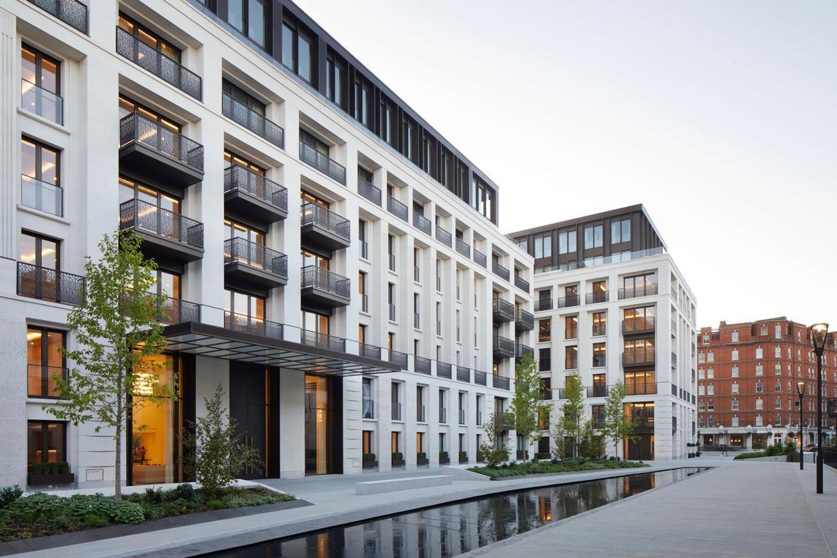 Priced at $42 million this sprawling 5-bedroom London home is inspired by the Porsche 911 : Luxurylaunches