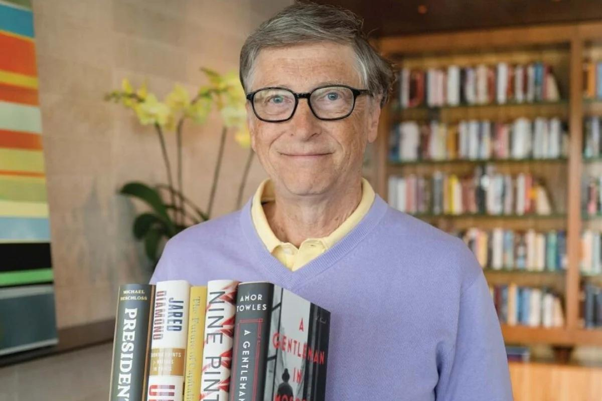 No yachts or Lamborghinis – Bill Gates the worlds most frugal billionaire proudly wears a $10 watch. But when he does splurge its on these three things