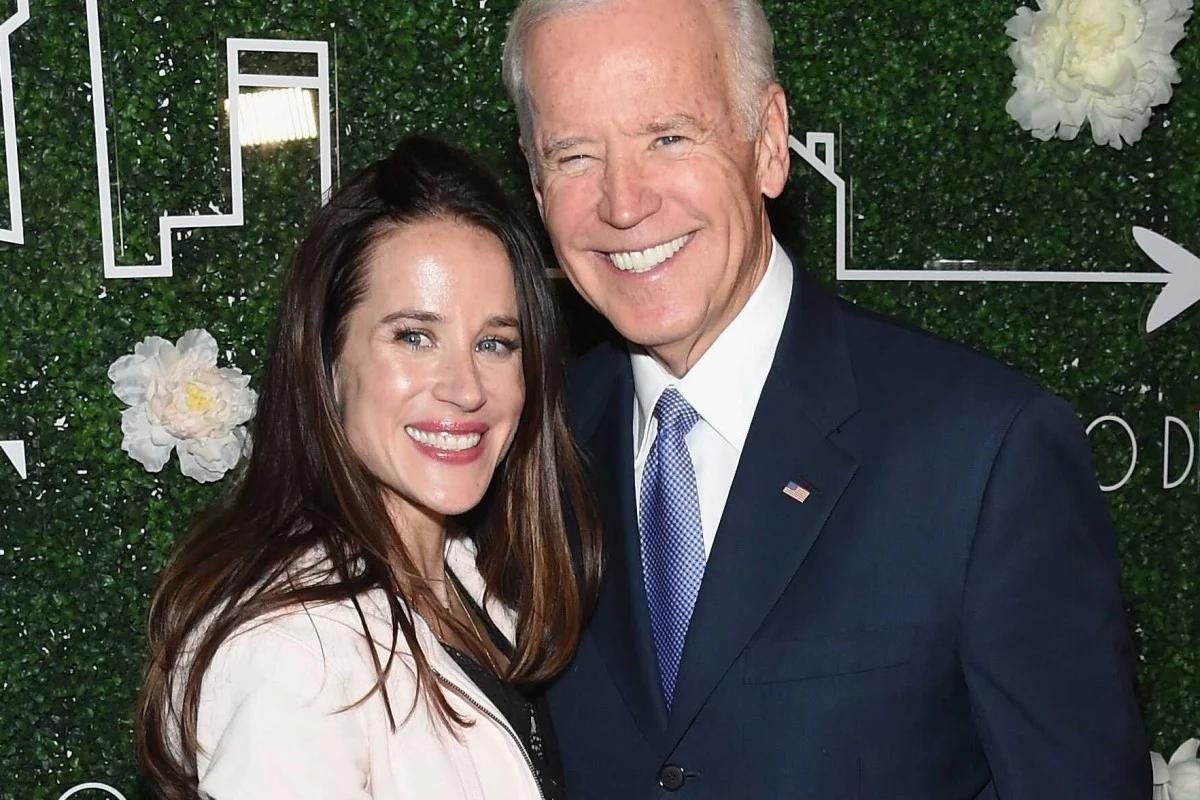 She once worked in a humble pizza parlor and is an ardent social activist who unlike Ivanka Trump does not chase the limelight – Meet America's new first daughter Ashley Biden