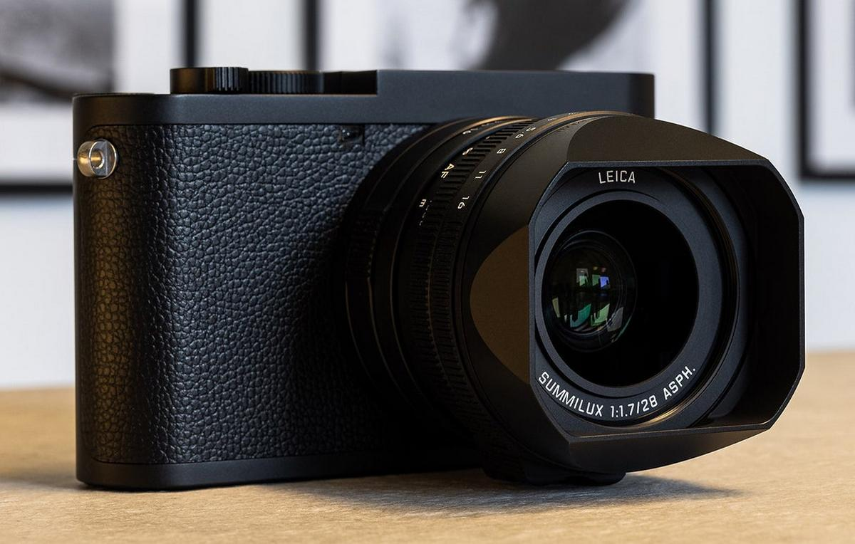Leica has teamed up with Daniel Craig and Greg Williams for another dashing James Bond themed Q2 camera