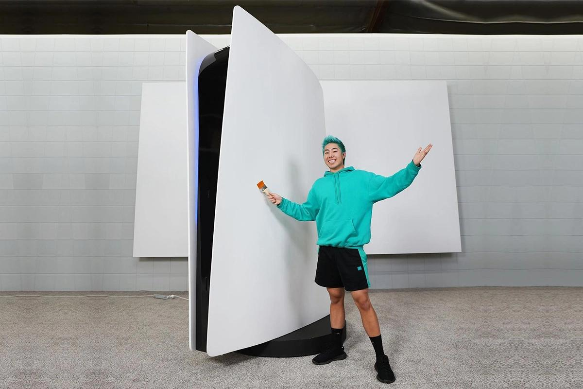 Standing 9 feet tall, weighing 500 pounds and costing $70,000 – YouTuber buys the world's largest PS5 console